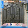 de alta calidad de hierro forjado cerca de la puerta