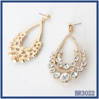 Promotion Dubai style jewellery gold plated water drop shaped crystal decoration elegant hanging earrings