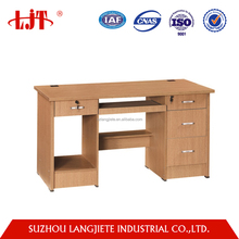 Chinese cheap furniture factory design wooden computer table design on alibaba