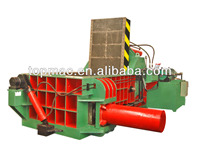 Hydraulic scrap metal baler