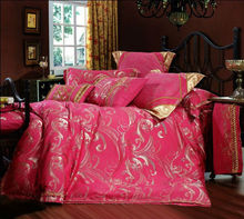 Floral luxury hot pink china polyester and cotton wedding jacquard bedding set,7pcs