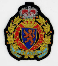 Contemporary top sell military shield pin badge