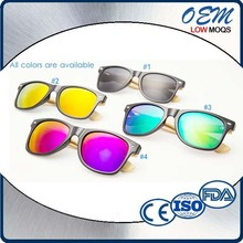Latest Design Factory Wholesale Prices PC Frame Bamboo Temples Sunglasses