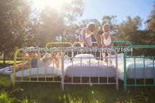 camas para niños de hierro forjado con diferente colores