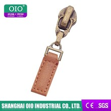 OIO Authenticated & brown color design lighter print national brand logo & strong puller leather zip puller