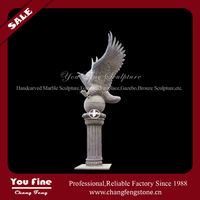 Natural Door Eagle Stone Pillar Sculpture