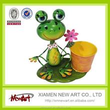 metal garden decor frog flower pot