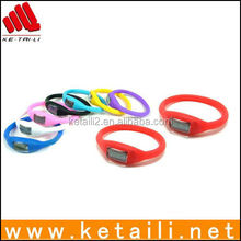 Magnetic digital silicone bracelet watch