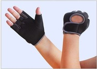 Alibaba express half finger thin neoprene Weight lifting gym sports gloves