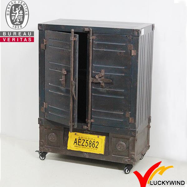 R stico reprodu o vintage mobili rio industrial arm rios - Mobiliario industrial vintage ...