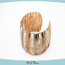 2015 Hot Selling Elegant Charm Friendship Beautiful Fashion Bracelet for sale