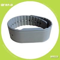 WRS13 NTAG203 passive rfid adjustable silicon wristband for swimming pool( GYRFID )