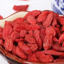 Factory Supply chinese dried fruit goji berry,ningxia goji juice, tibet goji berries