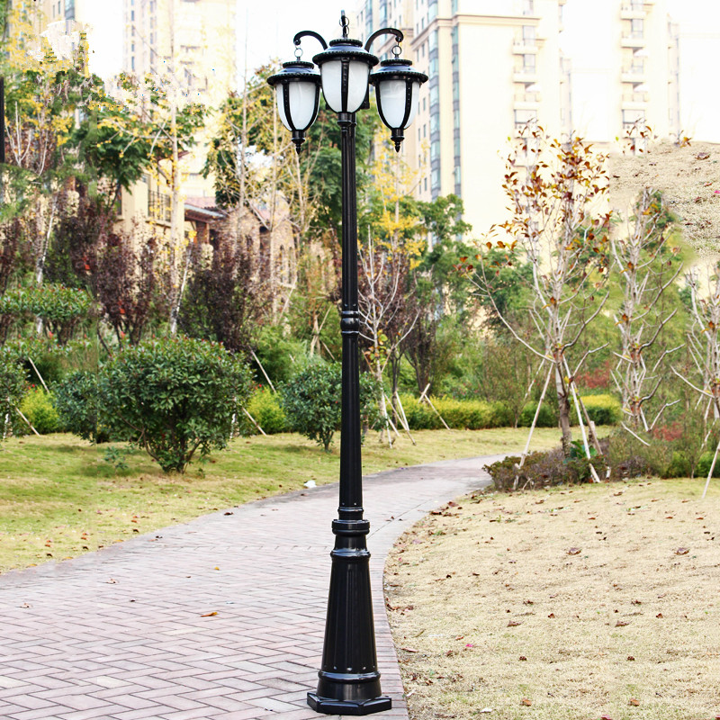 Achats en ligne solaire poteau de cl ture lumi re for Lumiere de jardin