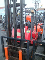 3 ton used forklift with high quality, many models of Nissan forklifts