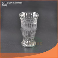 Top quality latest 2015 hot slanted clear glass vase