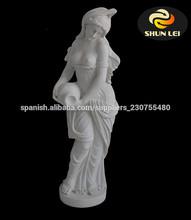 esculturas femeninas