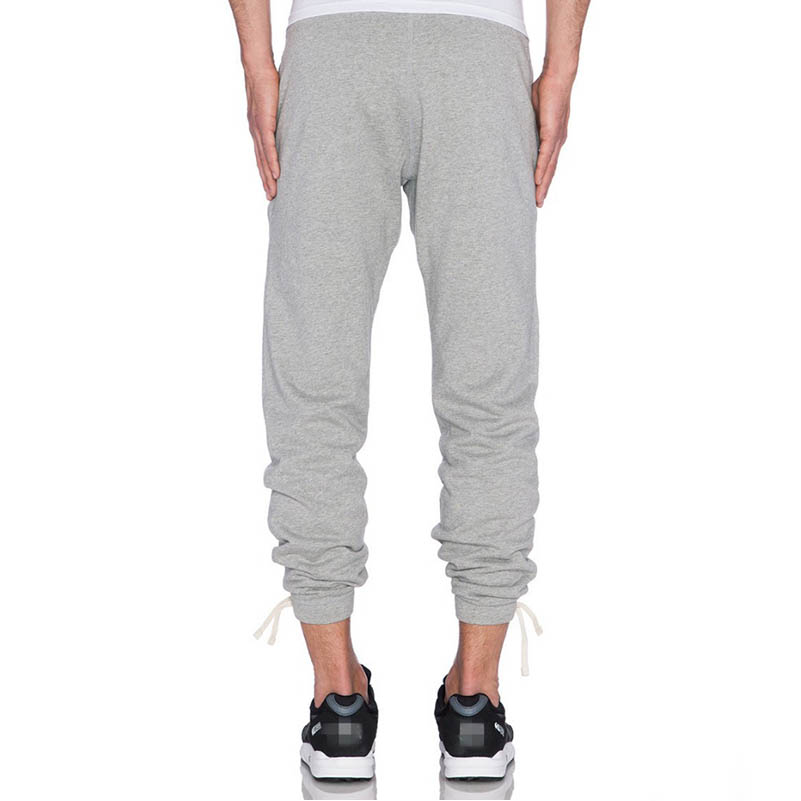 Fleece Jogger Pants. Premium Cotton Blend. Modern Slim Fit. Slim Fit Design. Machine Wash Cold. 40% Polyester. 60% Cotton.