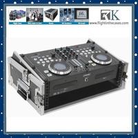 Yamaha Musical Instruments Slant Top Mixer Flight Case For Sale