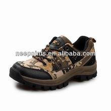 2014 new design brand hiking shoes with rubber outsole