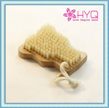 Cute wooden nail brush for kids HYQ7729