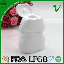 HDPE empty novelty plastic drink bottle with small aqueeze wholesale