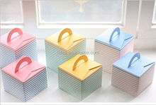 Alibaba China manufacturer custom logo recycle folding white handle cake box