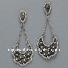 Concise gem embedded hollow out butterfly bright circle ear studs