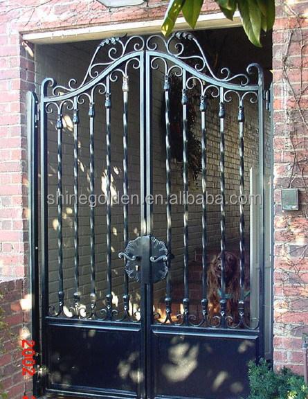 Puertas para jardines trendy house diseos puerta puerta - Puertas metalicas jardin ...