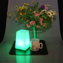 Hotel used led lighted up plastic ramadan lanterns for table