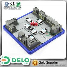 Barato hecho en china juguete de mesa interesante juguete de plástico juego de ajedrez para dos jugadores DE0040067