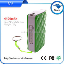 wholesale original factory price private lable 4400mah pocket charger for mobile phone