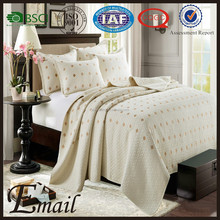 Luxury bedding set hand embroidery designs cotton bed sheets/bed set for bedroom furniture