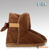 New design micro fiber low price warm ankle girls winter snow boots with back butterfly
