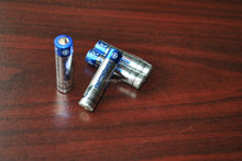 AAA size carbon zinc battery