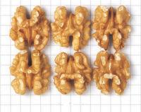 California Shelled Walnuts -- Light Halves 85%