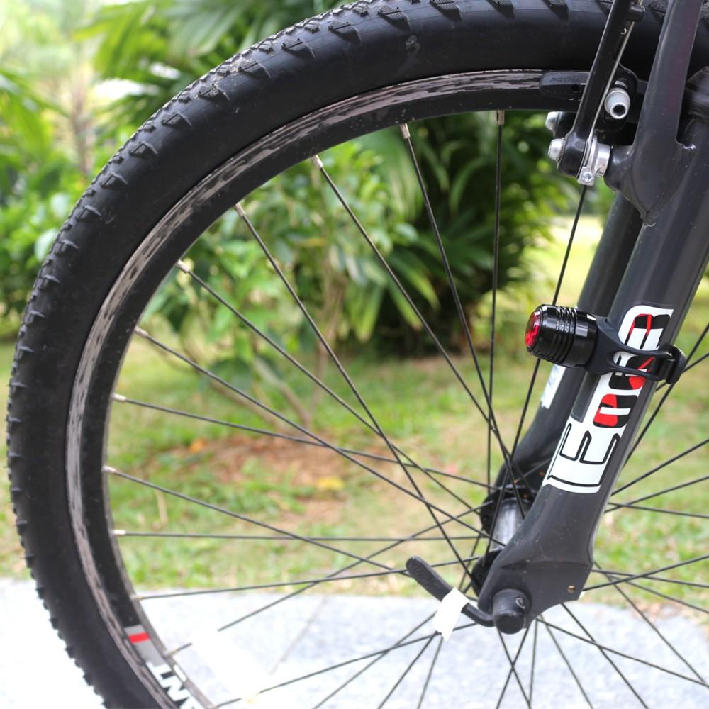 Or supllier dans Amazom Commerce Assurance Ultra Lumineux LED Vélo Feu arrière-USB Rechargeable Queue De Bicyclette Lumière