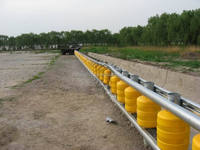 EVA protection roadway barriers / safety rolling barrier / PE Traffic Facility / Rotomolding