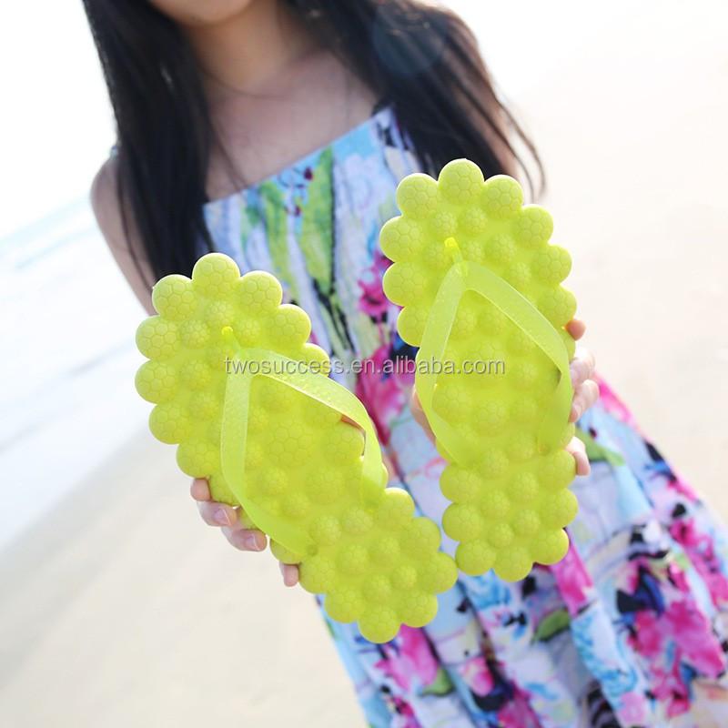 massage flip flops (2)