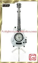 Hot sale zinc alloy Guitar shaped table design clock