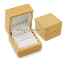 china factory supply nice wooden ring box for gift