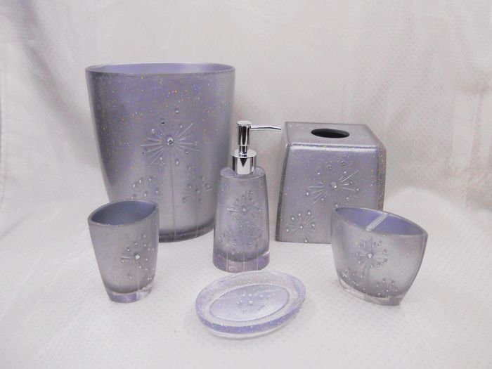 Silver with fireworks design home polyresin bathroom for Silver bathroom set