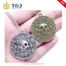 New Design Vintage The Caribbean Pirates Skull Bone Patten Bronze Round Plain Pendant Necklace