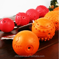 Puzzle teeth bite-resistant rubber ball dog toys pet bites sound hollow rubber ball dog supplies