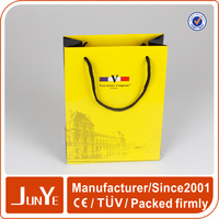 Luxurious cosmetic packaging shopping bag paper wholesale