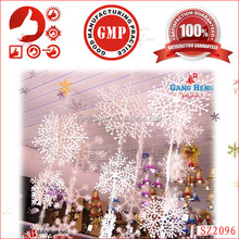 Wholesale cheap party plastic snowflake Xmas decorations for Chrismas tree hanging snowflakes