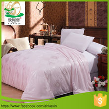 China popular luxury silk comforter