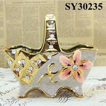Golden carving oriental ceramic vase