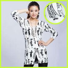 Otoño y el invierno ropa nueva versión coreana del V-cuello de punto jacquard de manga larga de las mujeres modelos de bastidor