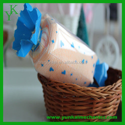 Best selling wedding gift cake towel candy towel wholesale made in china